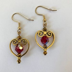 Jewelry - Red & Gold Tone Heart and Crystal Dangle Earrings